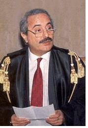Le 23 mai...Giovanni Falcone dans Attentat 0alcon7