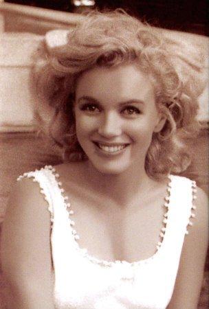 Le 1er juin...Marilyn Monroe dans Artistes 0ine3