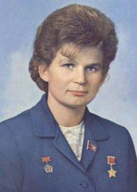 Le 16 juin....Valentina Terechkova dans Espace 0aav5